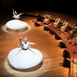 Ethno Jazz Festival: Wirujący Derwisze - Noureddine Khourchida i The Whirling Dervishes Of Syria