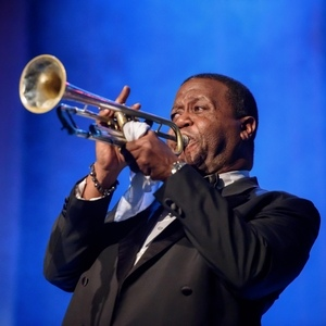 Tribute To Louis Armstrong: Troy Satchmo Anderson (USA) i band